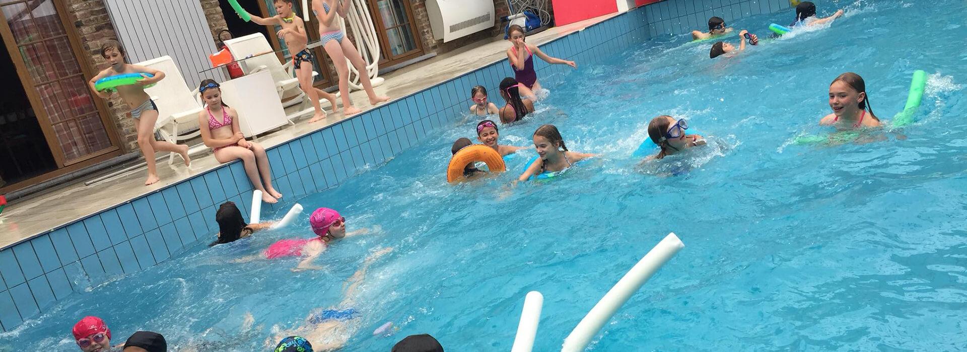 piscine-lapetitebleue-gozee