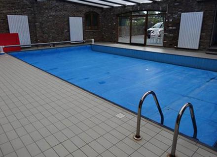 piscine-privee-lapetite-bleue-gozee